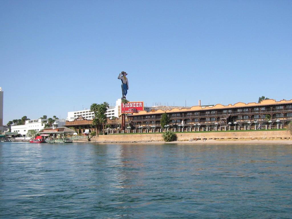 Casino hotel laughlin pioneer windstar casinos
